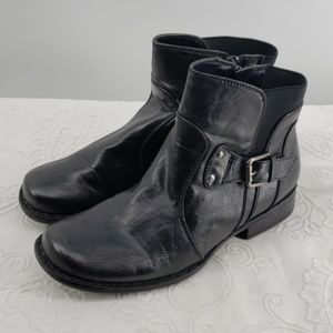 Bare Traps Ankle Boots